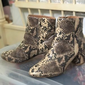Urban Outfitters Shoes - Urban outfitters snakeskin shoe boots